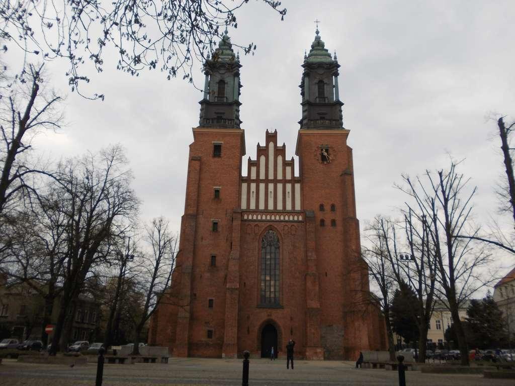 Poznań katedra 23