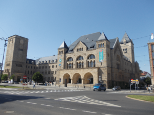 Poznań z przewodnikiem zamek 23
