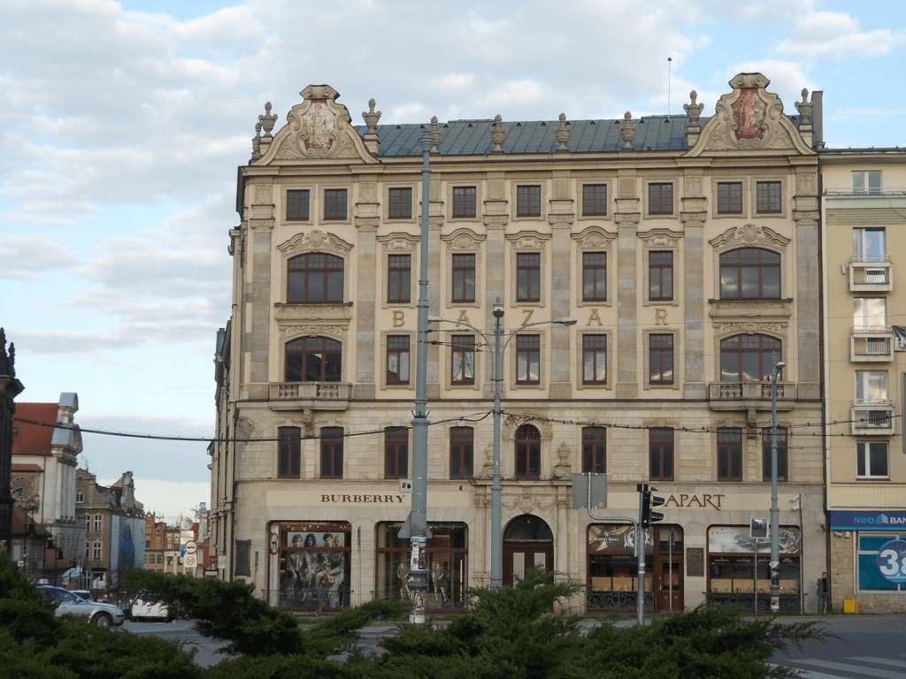 Poznań przewodnik po bazarze 2323s