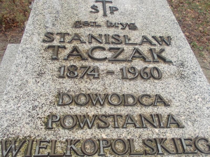 cmentarz w Poznaniu 345